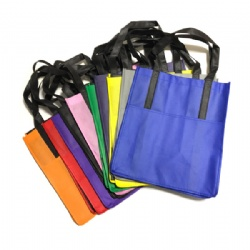 Non woven grocery tote with front pocket